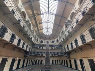 jail-1817900_960_720