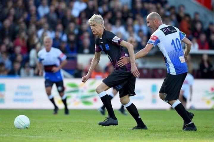"""Zinédine Zidane face à Arsène vainqueur lors du """"Match des légendes au stade Chaban Delmas de Bordeaux, le lundi 27 mai 2019"""