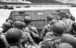 Des soldats realisant la traversée de la manche le jour du débarquement en Normandie